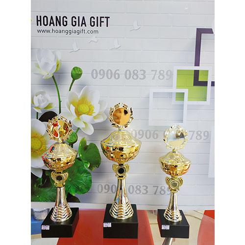 Cúp kim loại HG1002abc(2)