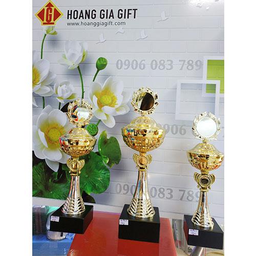Cúp kim loại HG1002abc(3)