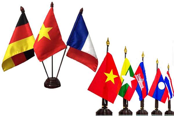 Bán cờ để bàn ở Hải Phòng